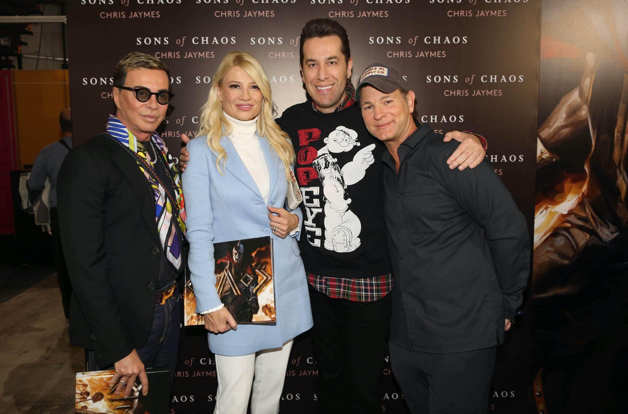 """Chris Jaymes: The famous American writer and screenwriter visits Greece to present his new graphic novel """"Sons Of Chaos"""", a fictional fantasy story about the Greek Revolution of 1821"""