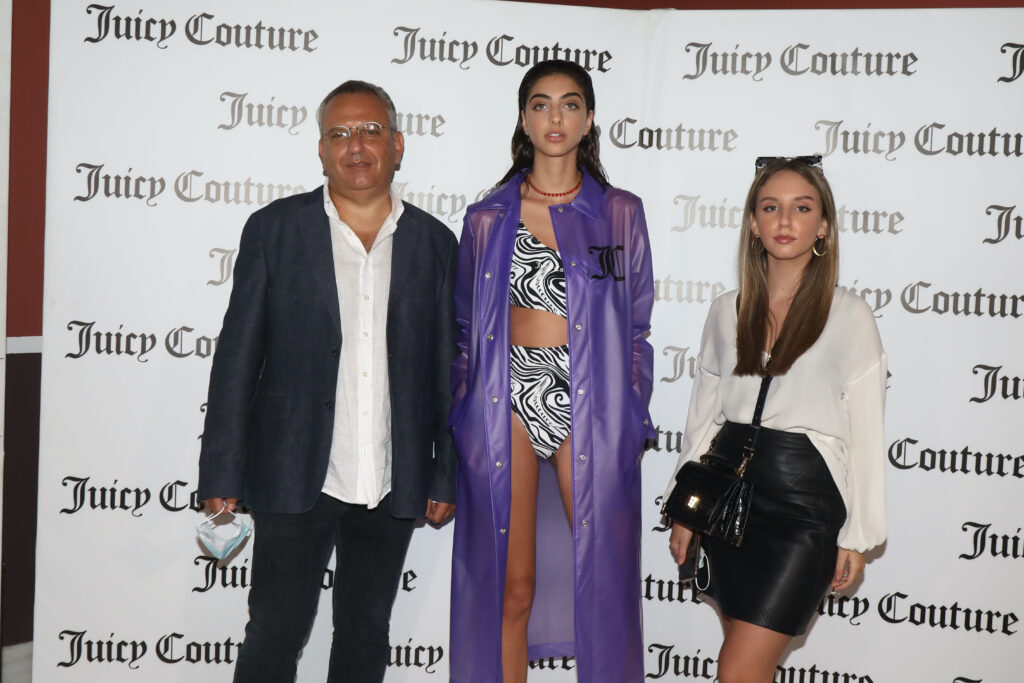"""COMEHELLORHIGHWATER"": Η Juicy Couture σε μια digital παρουσίαση της νέας συλλογής στα πλαίσια της AXDW στο Ζάππειο Μέγαρο."